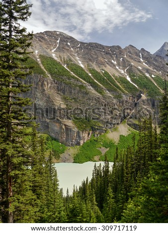 Glacial lake in the Canadian Rockies