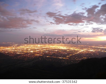 Glow of the city of Albuquerque - stock photo