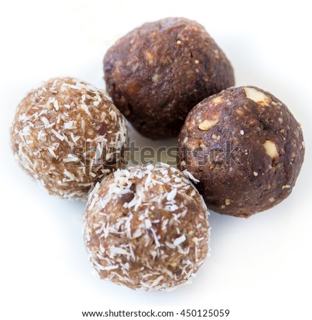 Gluten Free Homemade dates and coconut nutrition power balls