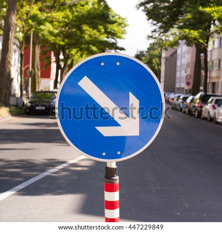 Go Right Road Sign, Turn right arrow traffic sign - stock photo