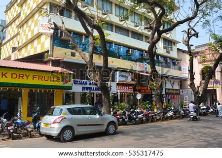 GOA,INDIA - NOVEMBER 15,2016: Transport and people on the streets in the city Panaji.