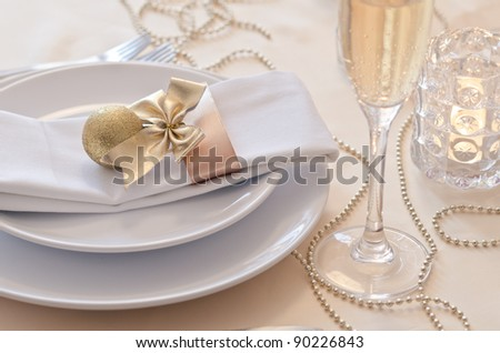 Gold Christmas table setting
