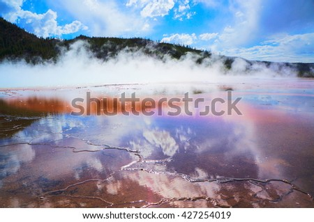 Grand Prismatic Spring,Yellowstone National Park,Wyoming