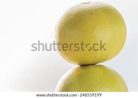 Grapefruit on top of each other