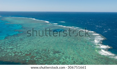 Great Barrier Reef - Helicopter view