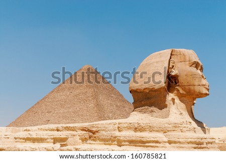 Great Sphinx and the pyramid,  in Giza, Cairo, Egypt