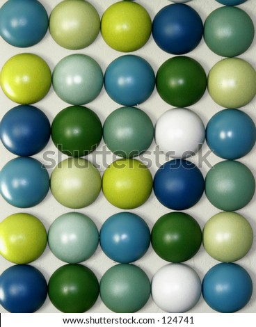 Green, blue, yellow wall deco