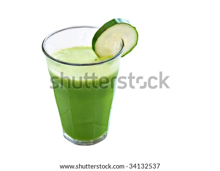 green juice with spinach, lettuce, ginger, cucumber, tomato