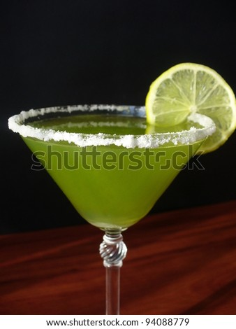 Green margarita with lime