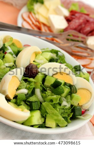 Green salad with eggs