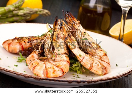 Grilled king prawns - stock photo