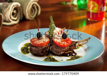 Grilled Rack of Lamb with Tomatoes and Pesto