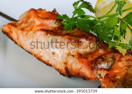Grilled salmon bbq with parsley and lemon