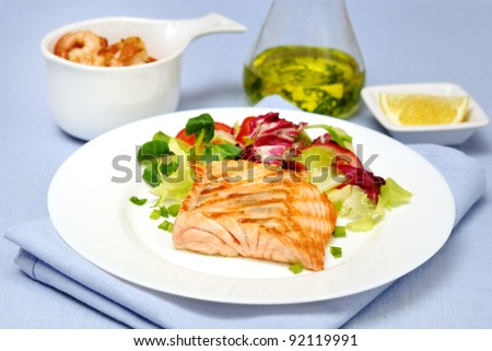 grilled salmon with mixed salad