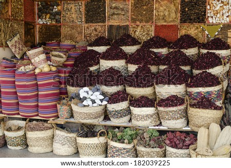 Grocery market in Hurghada (Egypt): tea, hibiscus and spices - stock photo