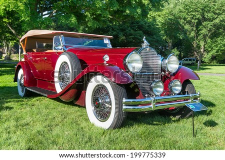 GROSSE POINTE SHORES, MI/USA - JUNE 15, 2014: A 1930 Packard car at the EyesOn Design car show, held at the Edsel and Eleanor Ford House.