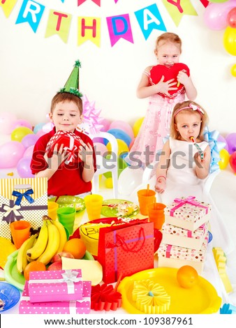 Group of children happy birthday party .