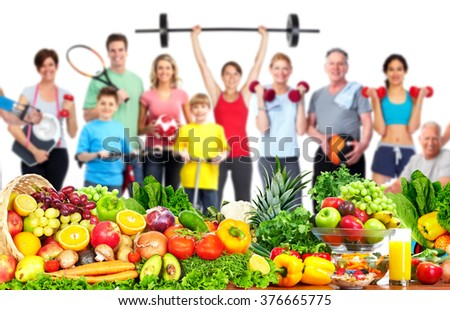Group of fitness people with food.