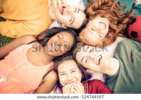 how to make a group of friends laugh