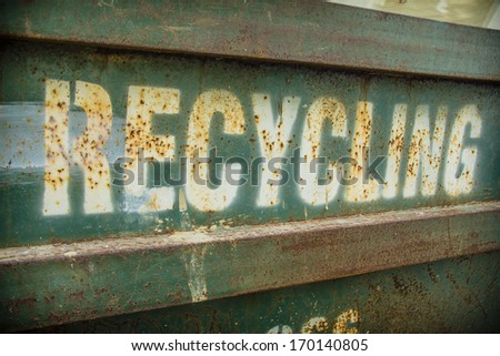 Grungy recycling sign - stock photo
