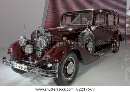 GUANGZHOU, CHINA - DEC 27: Classic Car of Rolls Royce on display at the 8th China international automobile exhibition. on December 27, 2010 in Guangzhou China. - stock photo