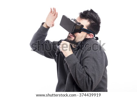 Guy using vr glasses