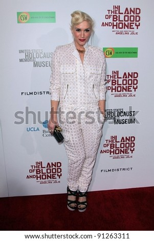 """Gwen Stefani at the """"In The Land Of Blood And Honey"""" Los Angeles Premiere, ArcLight Cinemas, Hollywood, CA 12-08-11 - stock photo"""