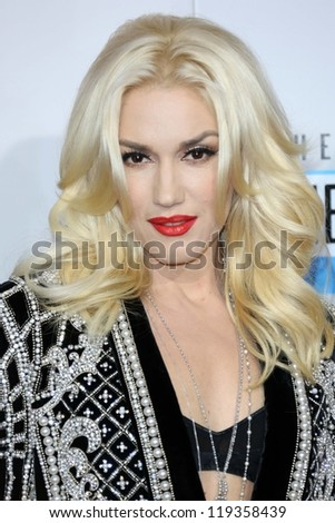 Gwen Stefani at the 40th American Music Awards Arrivals, Nokia Theatre, Los Angeles, CA 11-18-12