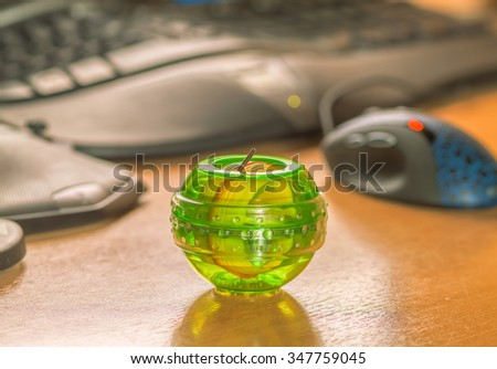 Gyroscopic exercise tool for the prevention of carpal tunnel syndrome - stock photo