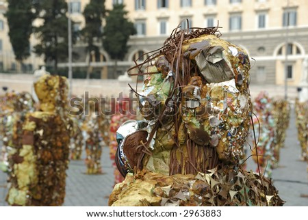 Ha Schult's Trash People in Rome, Piazza del Popolo, March 21-29 2007