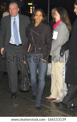 Halle Berry at FREEDOMLAND Premiere, Loews Lincoln Square Theater, New York, NY, Monday, February 13, 2006