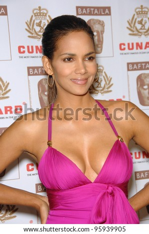 HALLE BERRY at the 2006 BAFTA/LA Cunard Britannia Awards at the Century Plaza Hotel, Los Angeles. November 2, 2006  Los Angeles, CA Picture: Paul Smith / Featureflash