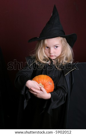 Halloween kid - over dark