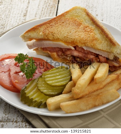 Ham Or Turkey Sandwich With Vegetables