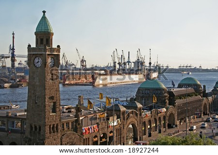 Hamburg, St. Pauli Landungsbruecken - stock photo