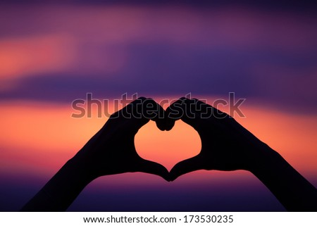 hand heart shape love sunset