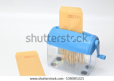 hand paper shredder Shredders destroy sensitive and confidential documents at home or in the office using a shredder from officeworks hand towels paper towel dispensers personal.