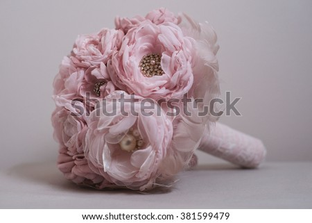 Handmade Brooch Bouquet / Fabric Wedding Bouquet / Silk flower style Cabbage Roses with rhinestone and pearl brooches / Shabby Chic Bouquet