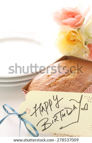 handwritten birthday card and homemade pound cake