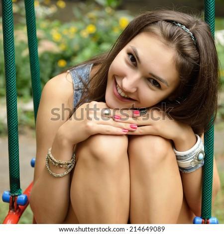 swing teen mood