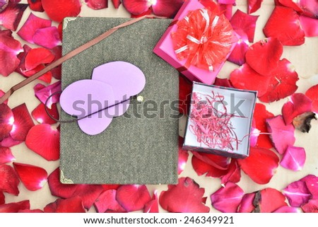 Happy Valentines day with Roses and hearts background