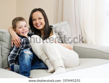 поро фото галереи мать и сын