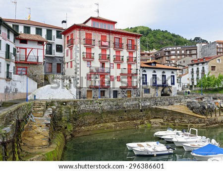 Harbor scene in the Basque fishing village of Mundaka in Northern Spain