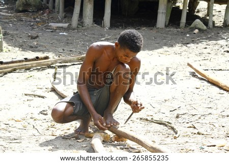 Hard working poor malagasy man - poverty