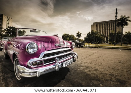 HAVANA, CUBA - JANUARY 10th: Classic/Vintage Car on January 10th, 2016 in Havana, Cuba. Due to the new diplomatic relationship with the USA, more and more of these cars disappear from cuban streets. - stock photo
