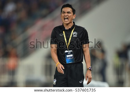 Head coach Kiatisuk Senamuang  of Thailand  in action during the 2018 World Cup Qualifiers match between Thailand and Australia at Rajamangala Stadium on September 15, 2016 in Bangkok, Thailand