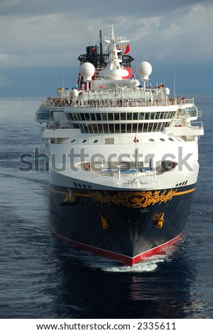Head shot of large oceangoing cruise ship