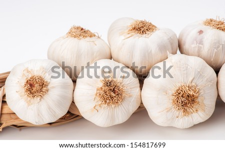 heads of garlic tied in a row