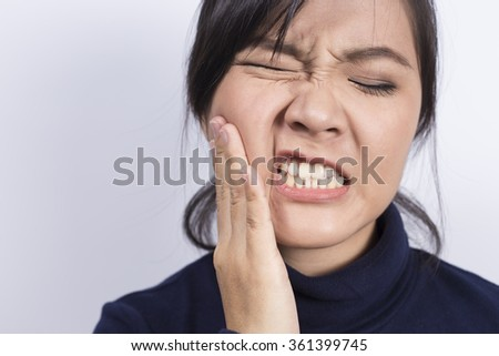 Health Care: Woman has toothache