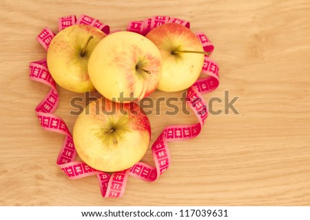 healthy living & fat loss: heart made of apples